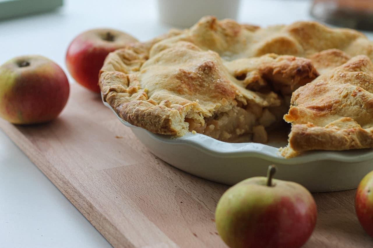 The Best Vegan Apple Pie Recipe Ever