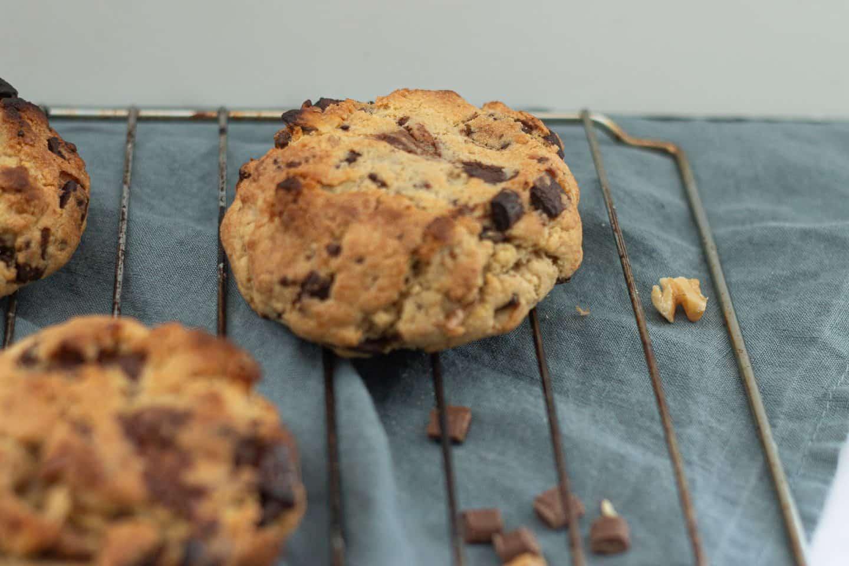 How to Make Easy Vegan Levain Cookies