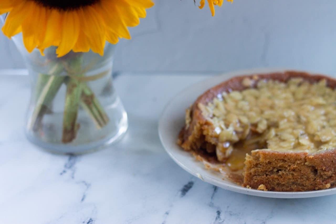How to Make Vegan Swedish Almond Cake Mjuk Toscakaka